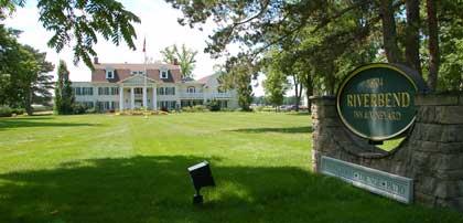 The Riverbend Inn on the Niagara Parkway