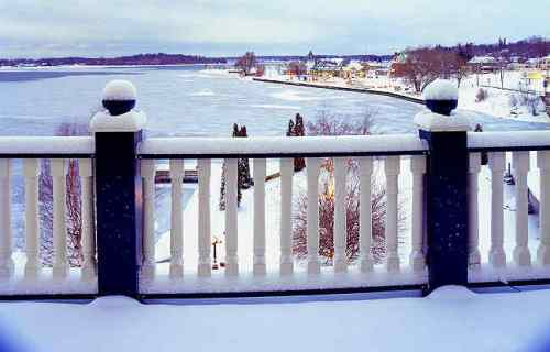 winter view of the St. Lawrence River from a balcony at the Gananoque Inn