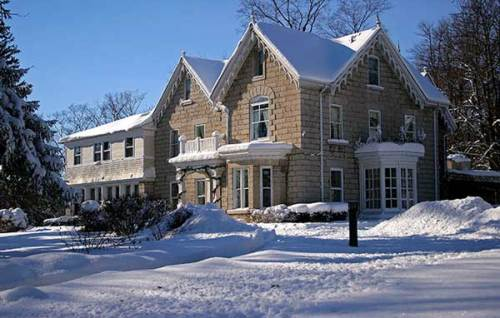 winter at the Westover Inn